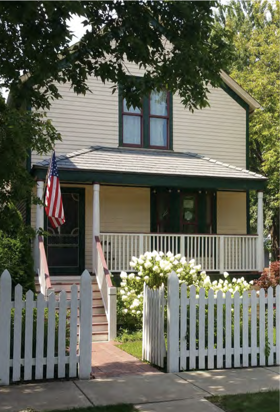 © Walt Disney Birthplace